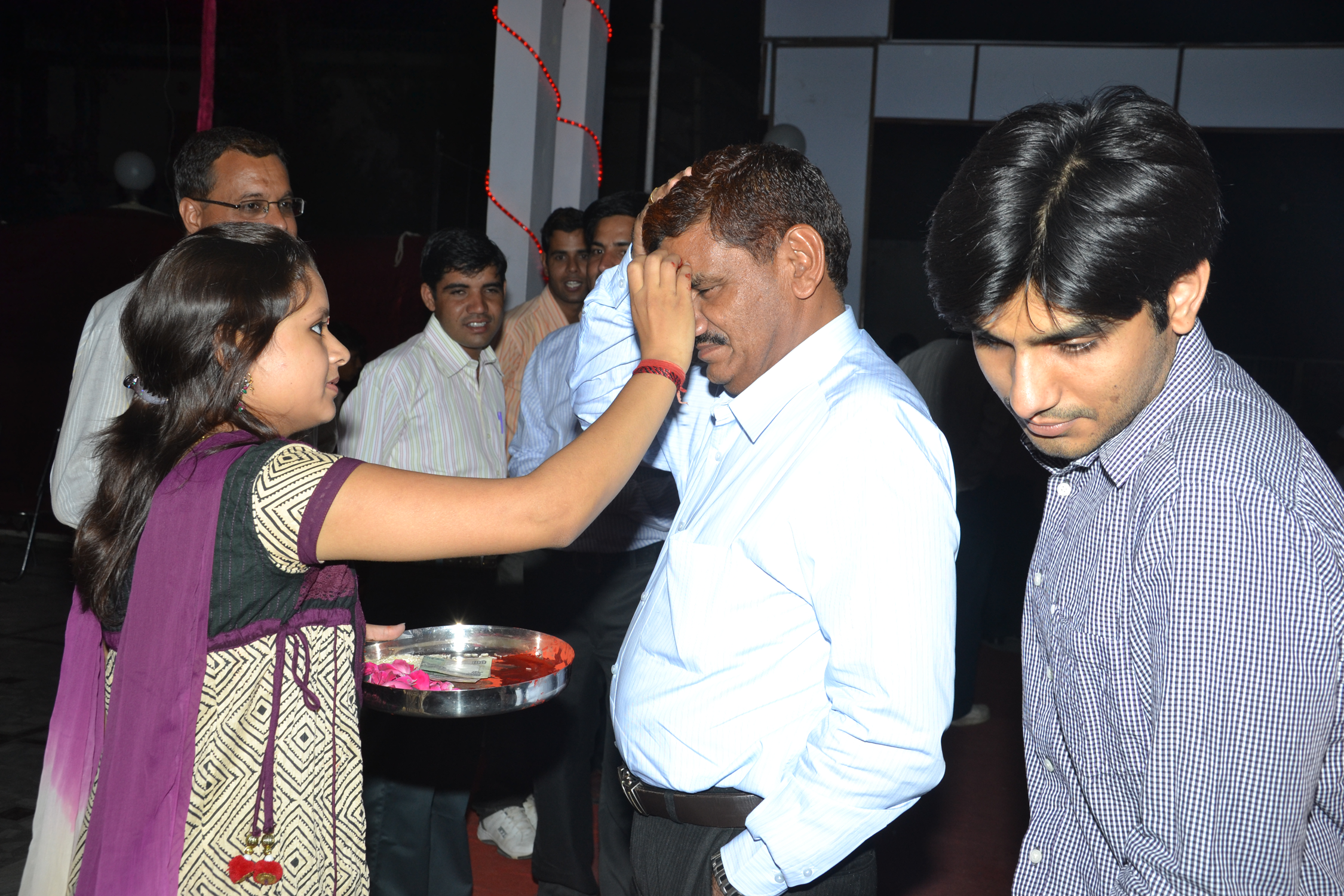2011.05.14 (Rajasthan Patrika with Boss) Party-I